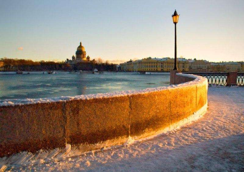 City break Sankt Petersburg Revelion 2018 bilet de avion si hotel inclus