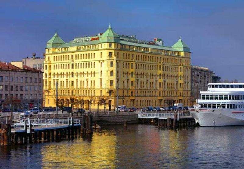 City break Sankt Petersburg septembrie bilet de avion si hotel inclus