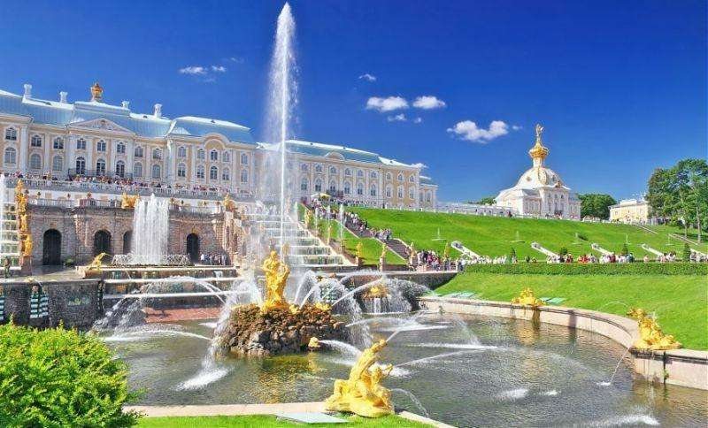 City break Sankt Petersburg vara 2018 bilet de avion si hotel inclus