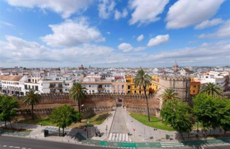 City break Sevilla Revelion 4* 2018  bilet de avion si hotel inclus