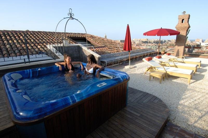 City break Sicilia Catania Piata de Craciun bilet de avion si hotel inclus