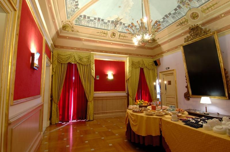 City break Sicilia Catania Revelion 4* 2017  bilet de avion si hotel inclus