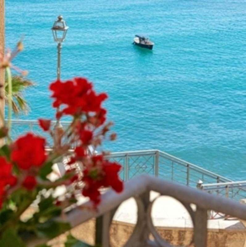 City break Sicilia Palermo august week-end Sf. Maria bilet de avion si hotel inclus