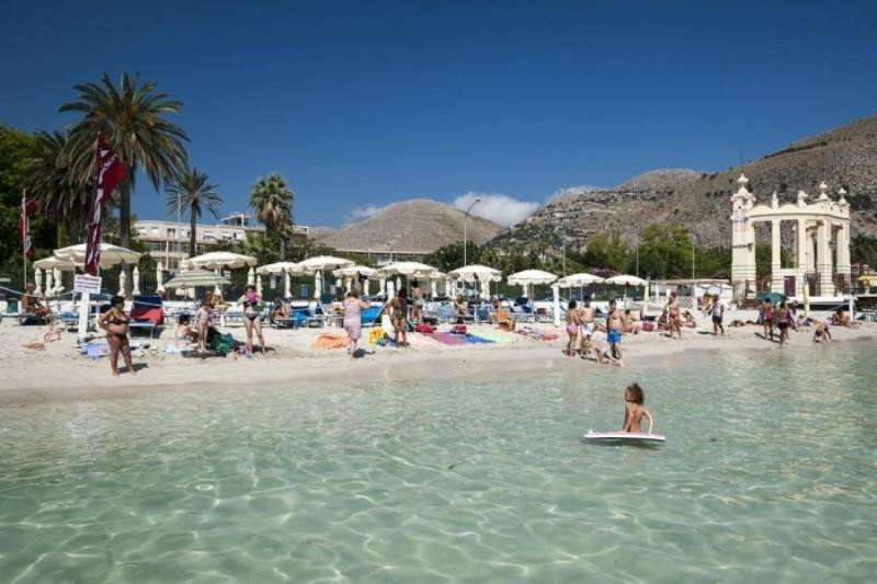 City break Sicilia Palermo weekend liber Rusalii bilet de avion si hotel inclus