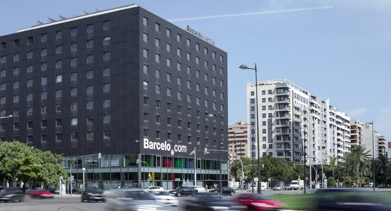 City break Valencia august week-end Sf. Maria bilet de avion si hotel inclus