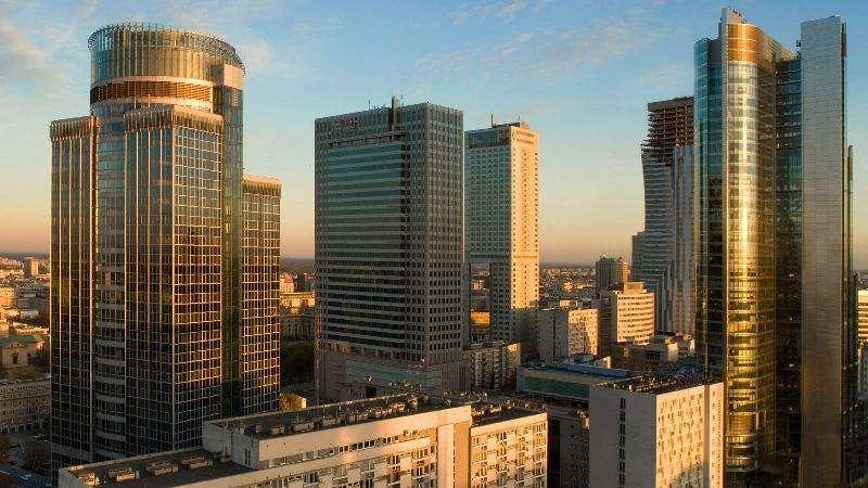 City break Varsovia ianuarie bilet de avion si hotel inclus