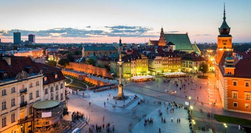 City break Varsovia Revelion 4* 2018  bilet de avion si hotel inclus