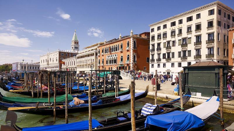 City break Venetia august 2018  bilet de avion si hotel inclus