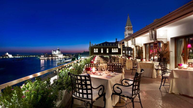 City break Venetia iulie 2018  bilet de avion si hotel inclus