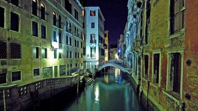 City break Venetia iulie bilet de avion si hotel inclus