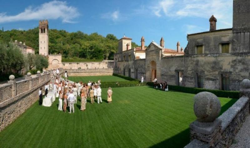 City break Verona septembrie  bilet de avion si hotel inclus
