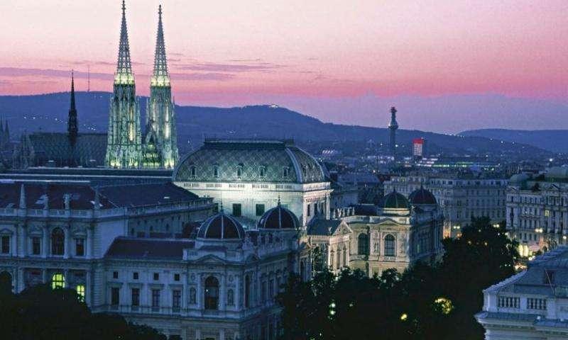 City break Viena ianuarie bilet de avion si hotel inclus