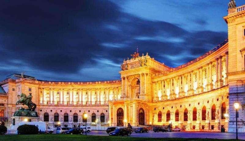City break Viena vara 2018, bilet de avion si hotel inclus