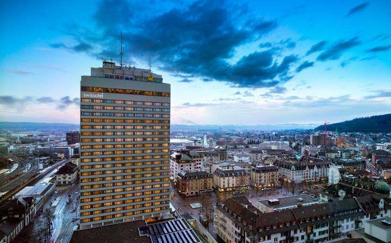 City break Zurich aprilie 2018 bilet de avion si hotel inclus
