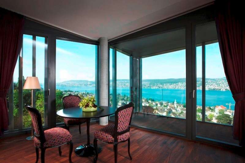 City break Zurich aprilie bilet de avion si hotel inclus