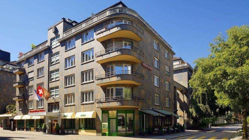City break Zurich august week-end Sf. Maria bilet de avion si hotel inclus
