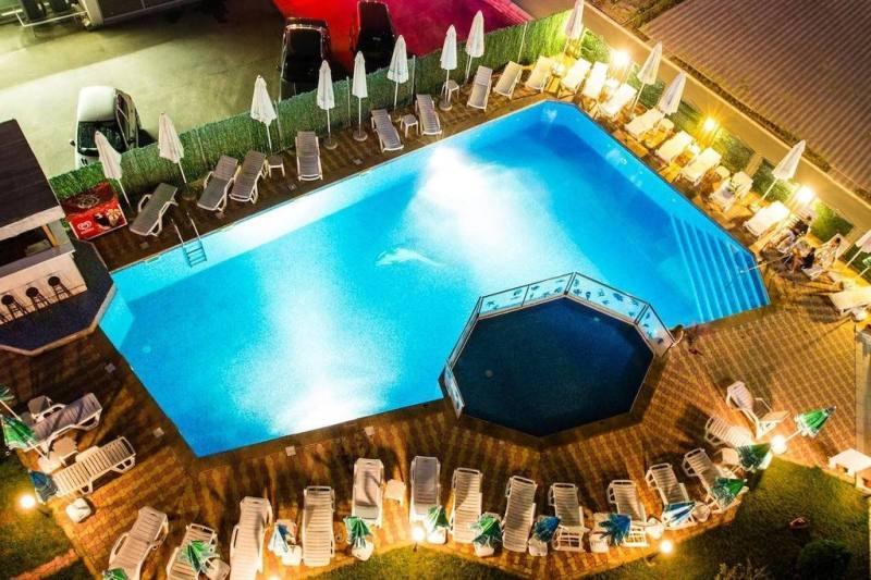 Craciun 2018 BULGARIA LITORAL VELIKO TARNOVO HOTEL AZALIA 4*