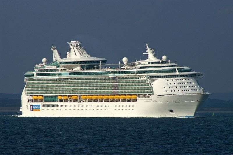 Croaziera Asia de Sud 2017 Vas: Mariner of the Seas plecare Singapore