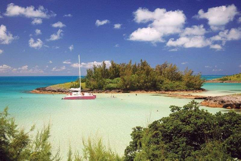 Croaziera 2017 Bermuda Vas: Celebrity Summit Plecare din: Bayonne