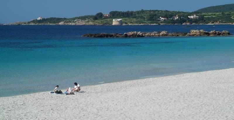 Oferta sejur Sardinia august 2017 bilet avion, hotel si taxe incluse