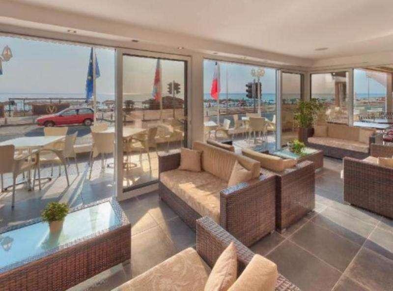 Paste 2018 Cipru Larnaca Hotel Achilleos City