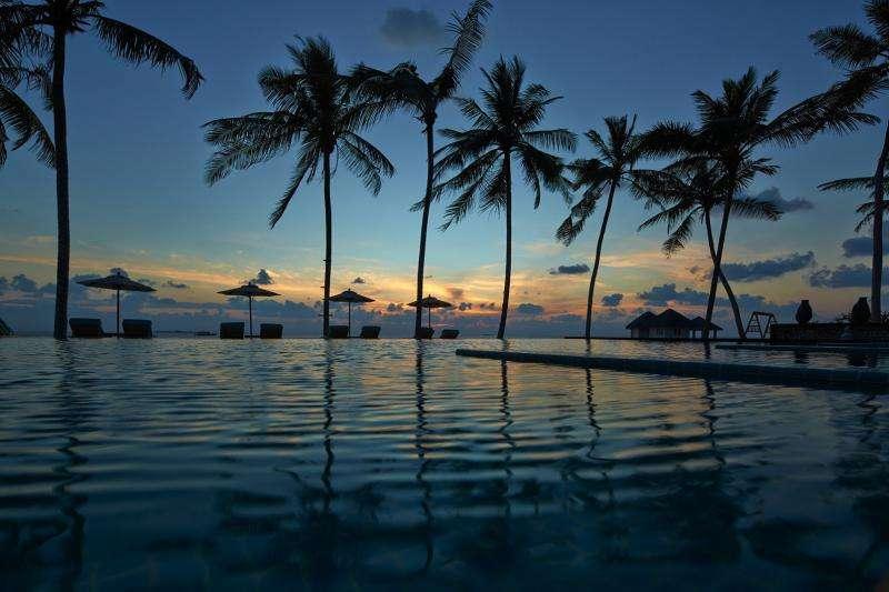 Revelion exotic 2018 Maldive Hotel Paradise Island 5*