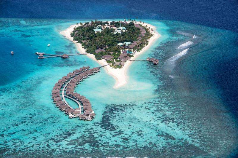 Revelion exotic 2018 Maldive Hotel Adaaran Club Rannalhi 4*