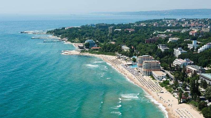 Sejur 1 Mai Bulgaria NISIPURILE DE AUR HOTEL ASTERA 4*