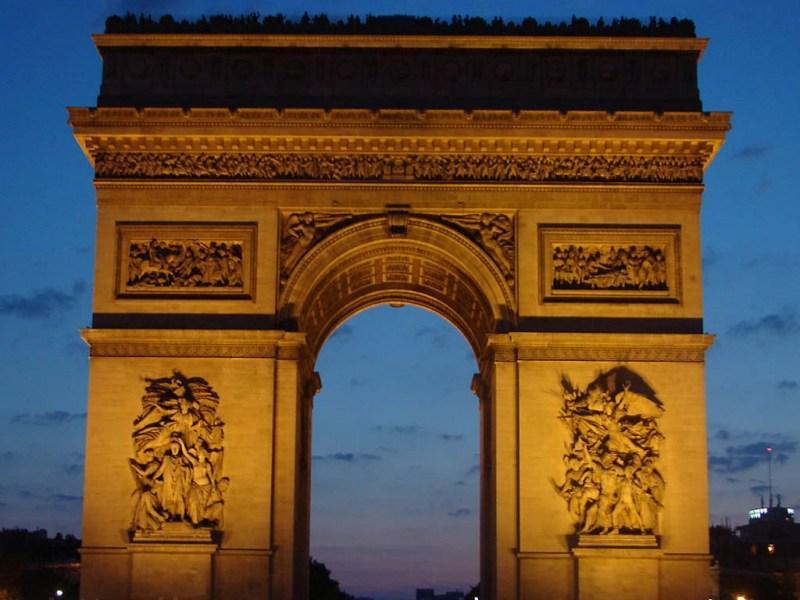 Sejur 2 in 1 Paris si Nisa iunie bilet de avion si hotel inclus