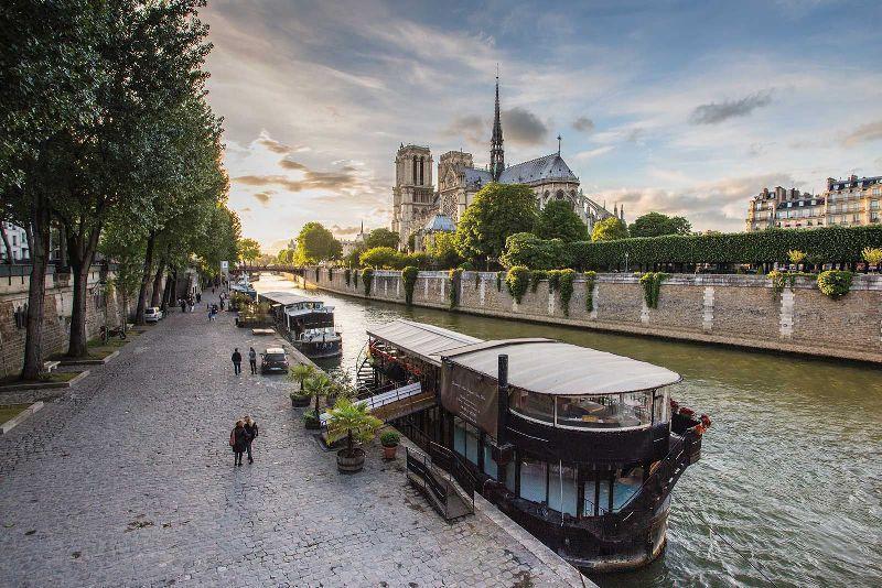 Sejur 2 in 1 Paris si Nisa martie 2018 bilet de avion si hotel inclus