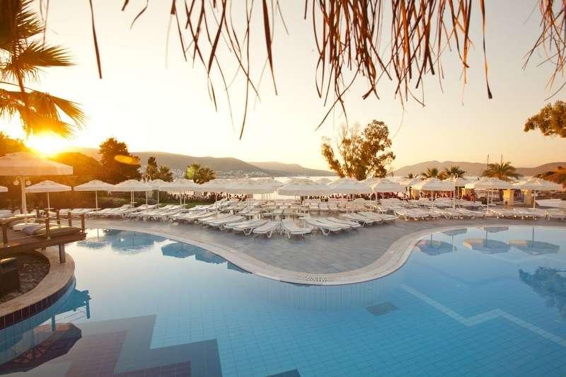 Sejur avion Bodrum Turcia 2017 oferta YELKEN MANDALINCI SPA-WELLNESS HOTEL (Turgutreis) 4*
