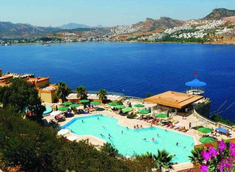 Sejur avion Bodrum Turcia 2017 oferta COSTA BITEZHAN BEACH HOTEL (Bitez) 4*