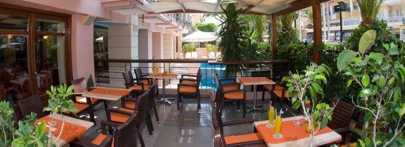 Sejur avion Chania Grecia 2017 oferta Hotel Sirios Village (C) 4*
