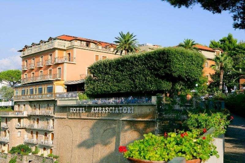 Sejur avion Coasta Amalfi Italia 2017 oferta Hotel Metropole 3*