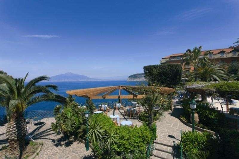 Sejur avion Coasta Amalfi Italia 2017 oferta Hotel Minerva 4*