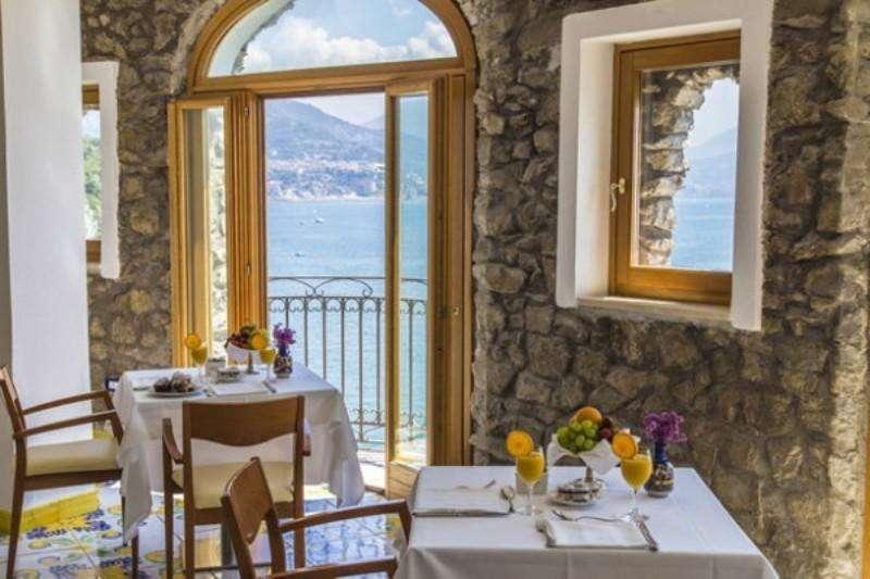 Sejur avion Coasta Amalfi Italia 2018 oferta Hotel Piccolo Paradiso 3*