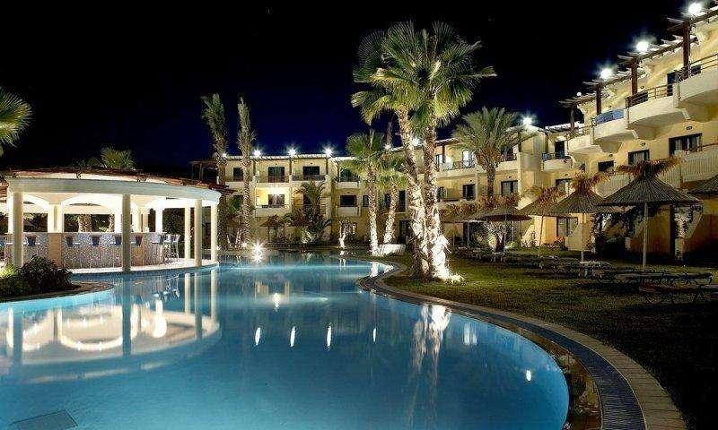 Sejur avion Corfu Grecia 2018 oferta Hotel Feakion Gouvia