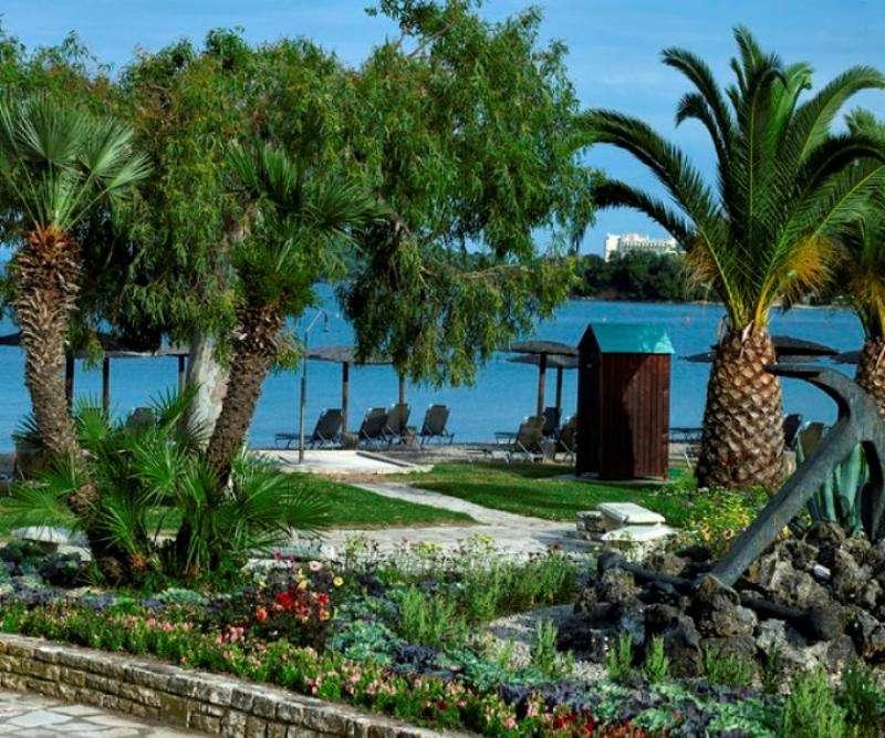 Sejur avion Corfu Grecia 2017 oferta Hotel Grecotel Daphnila Bay (Dassia) 4*