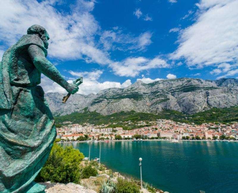 Sejur avion Croatia 2017 oferta Bluesun Marina (Brela) 3*