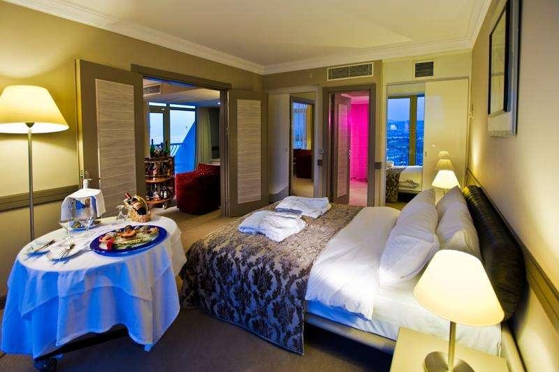 Sejur avion Kusadasi Turcia 2017 oferta AQUA FANTASY HOTEL 5*
