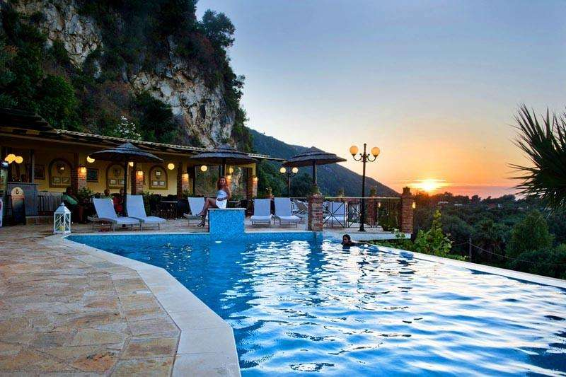 Sejur avion Lefkada Grecia 2017 oferta Hotel George 3*