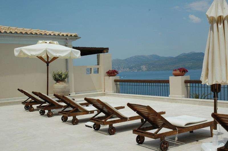 Sejur avion Lefkada Grecia 2018 oferta Hotel Ionion Star 4*
