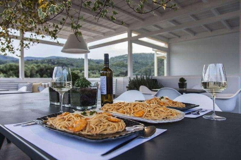 Sejur avion charter Lefkada Grecia 2018 oferta Katia Apartments
