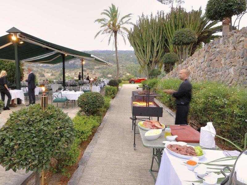 Sejur avion Mallorca Spania 2017 oferta Hotel Barcelo Cala Vinas 4*