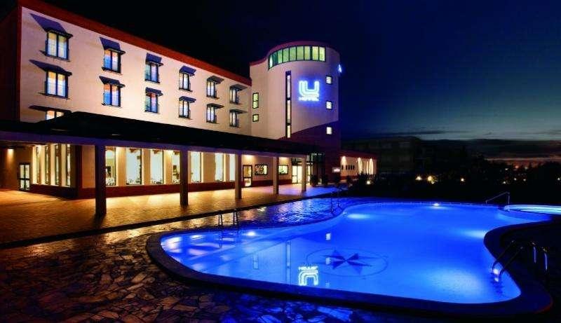 Sejur avion Sardinia Italia 2018 oferta Hotel Colonna Park - fara transfer 4*