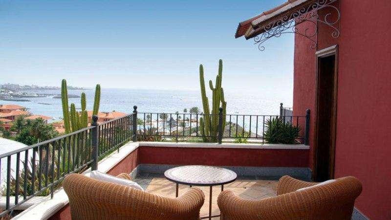 Sejur avion Tenerife Spania 2017 oferta Villa Cortes 5*