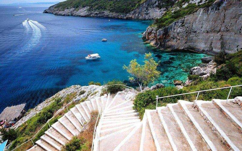 Sejur avion charter Zakynthos Grecia 2018 oferta Hotel Majestic 4*