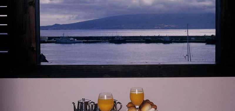 Sejur Azore aprilie 2018 bilet de avion si hotel inclus
