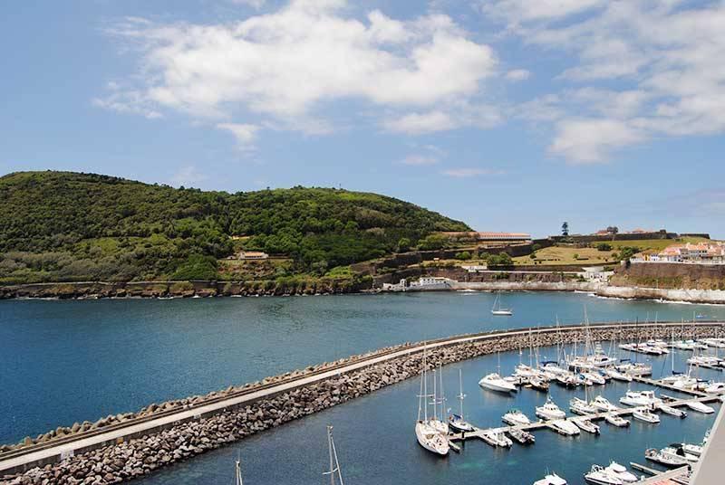 Sejur Azore iulie 2018 bilet de avion si hotel inclus