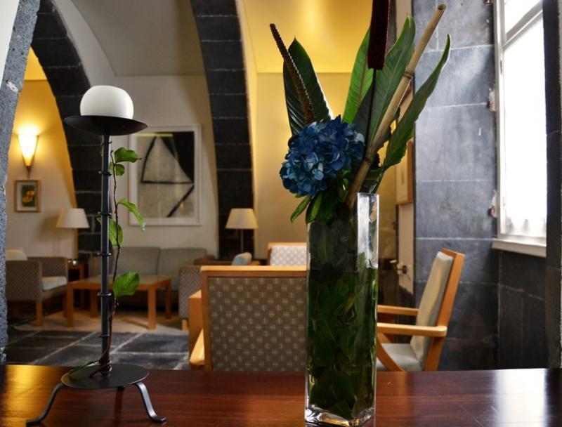 Sejur Azore iulie bilet de avion si hotel inclus